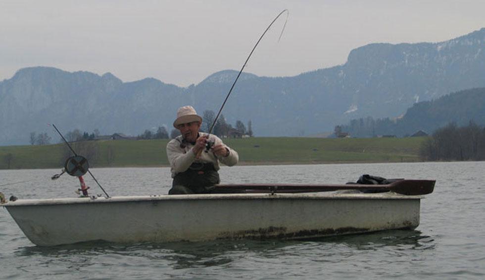 Angler Wiki: Montagen zum Angeln aus dem Boot | Fischlexikon
